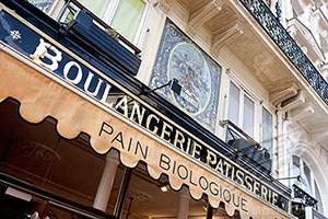 Boulangerie/patisserie shop in Paris, France.