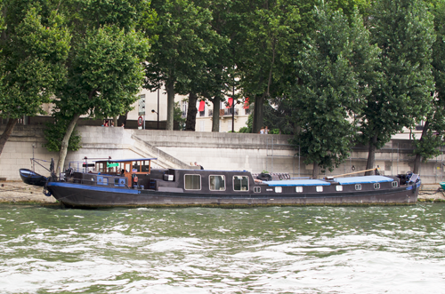 paris-houseboat-13