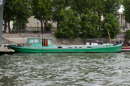 paris-houseboat-15