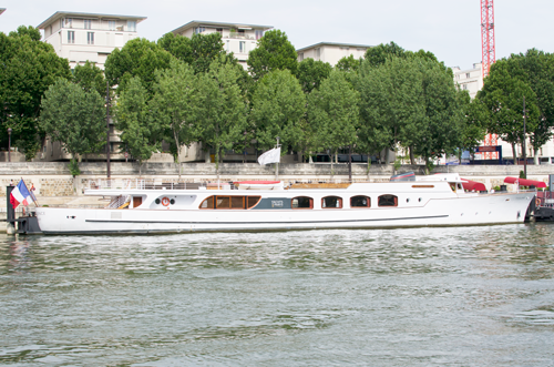 paris-houseboat-4