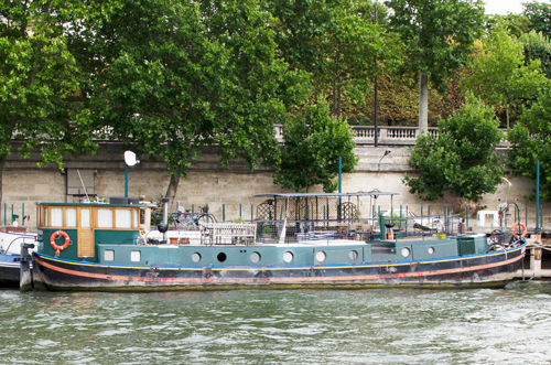 paris-houseboat-5