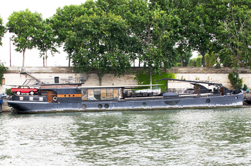 paris-houseboat-6