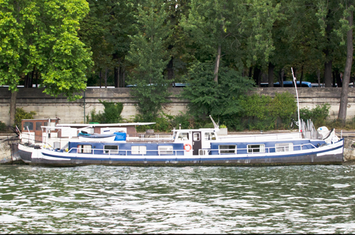paris-houseboat-7