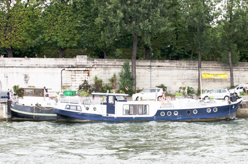 paris-houseboat-9